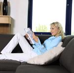 Elischeba auf dem Sofa