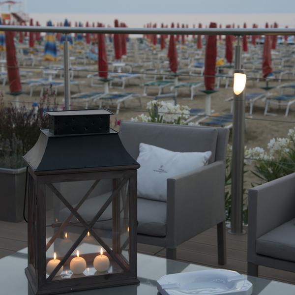 terrazza-e-colazioni-vidimiramare_600x600