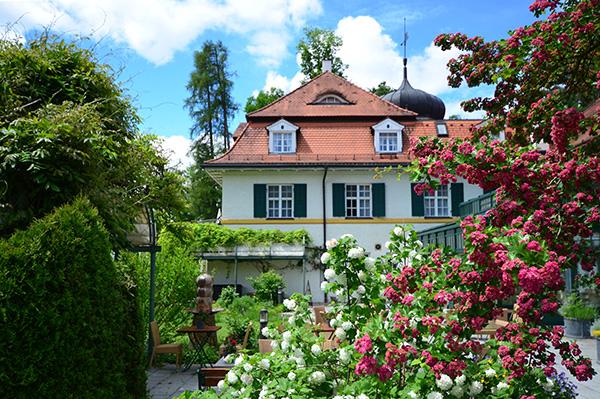 Schlosshotel Oberambach