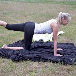 Sportmodel Elischeba Wilde testet Fitness für zuhause 2018