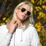 Elischeba mit Sonnenbrille von Addicted To Nature